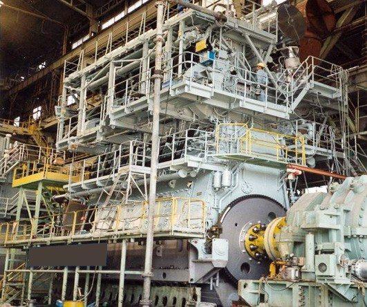 zdas-dopravni-prumysl-09-lodni-motor